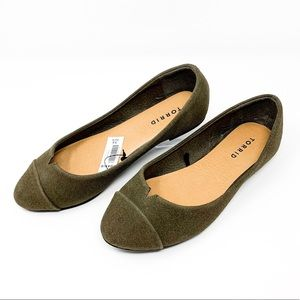 NWT Torrid Olive Green Suede Flats SIZE 7.5